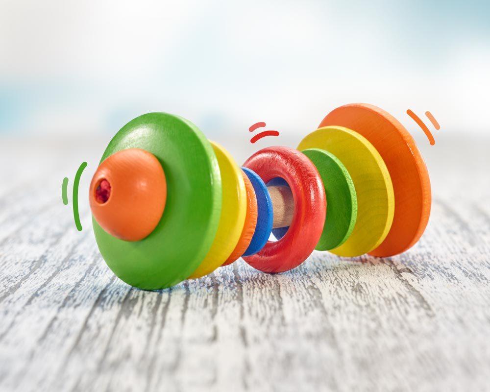 jouet bois roulant hochet