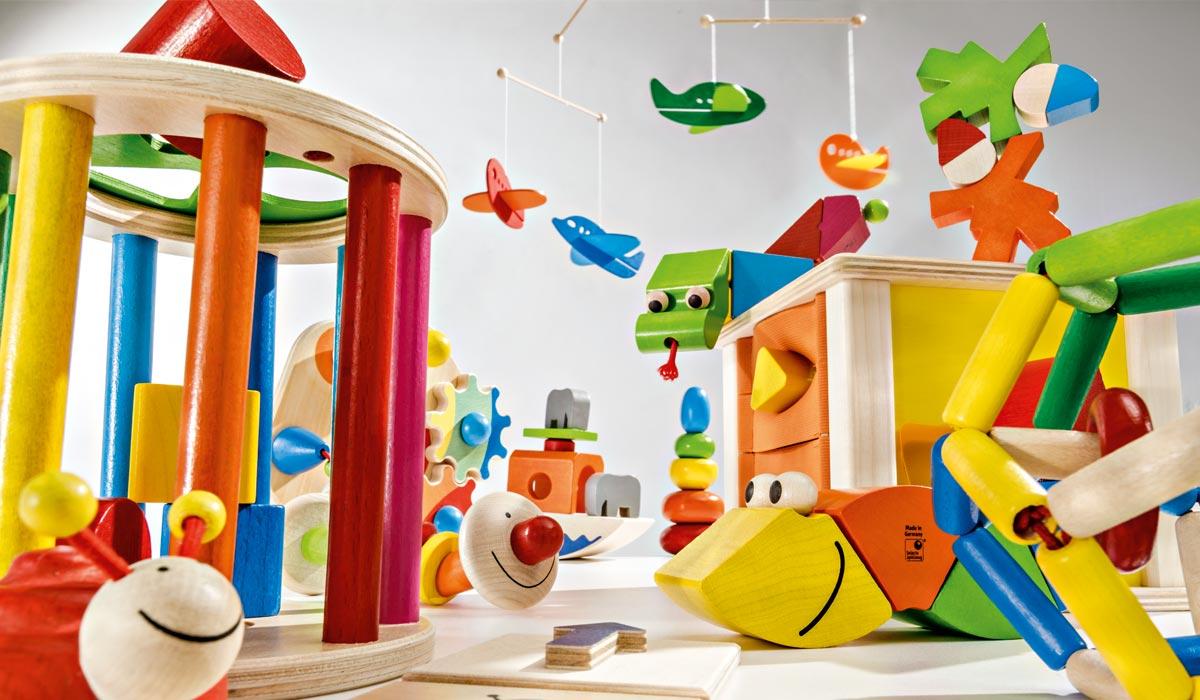 jouet-en-bois-chambre-enfant