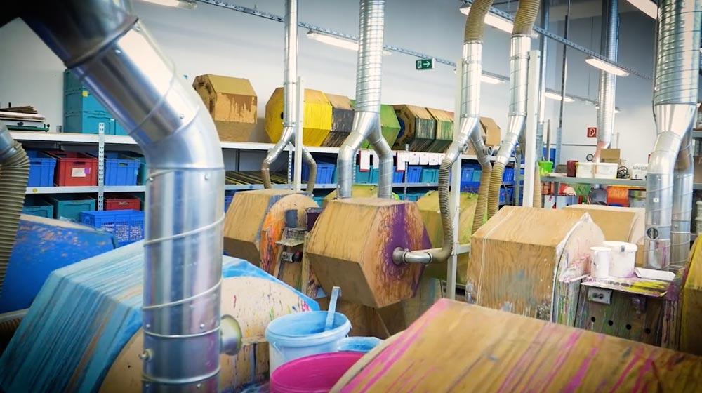 Selecta jouets bois fabrique teindre