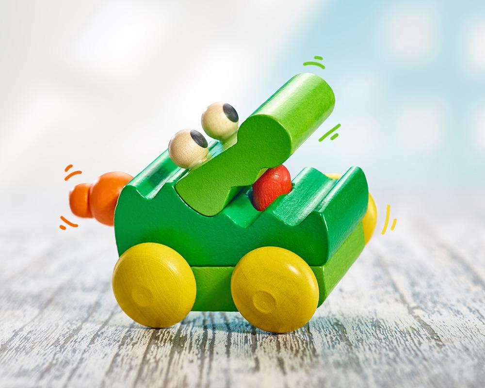 jouet roulant bois hochet qui couine crocodile